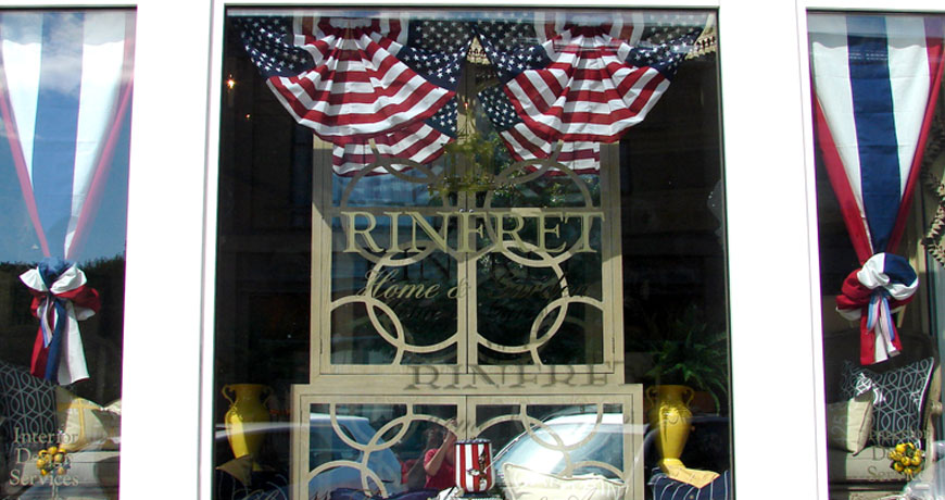 Rinfret Home and Garden Cindy Rinfret admired the shops that combined the decorating and retail businesses on…READ MORE >